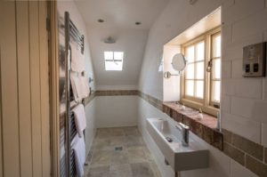 Hornblower hotel bathroom